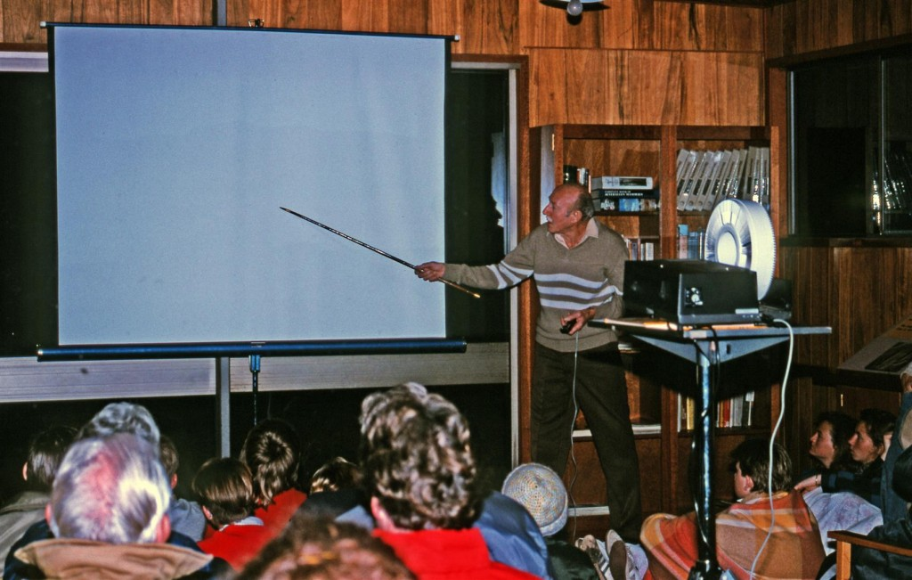 Bill Morley, doing slide show in info centre, Aug 89.