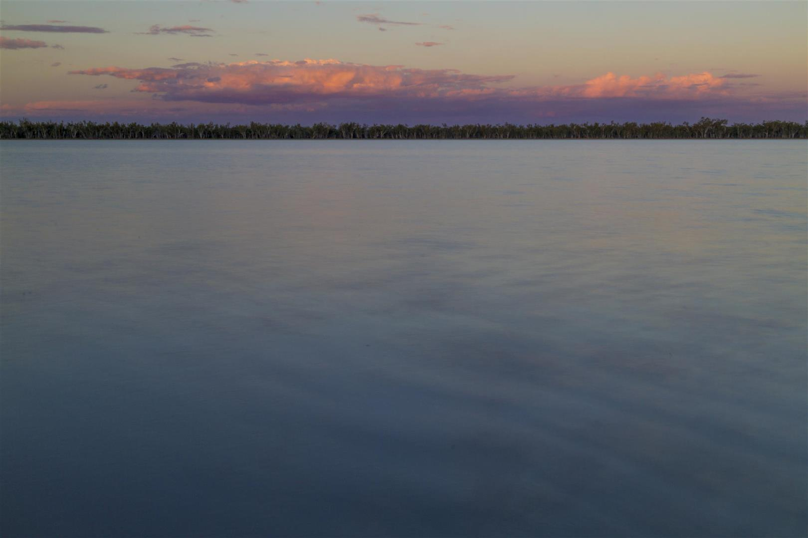 Lake Broadwater Conservation Park, full-moon rise.